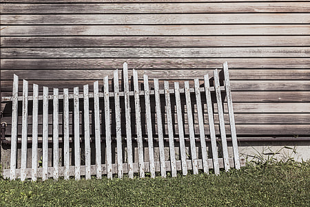 Why Choose Bytown Fence For Quick And Affordable Fence Repair?